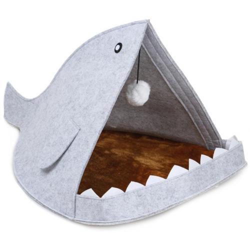 Домик для домашних животных Акула оптом