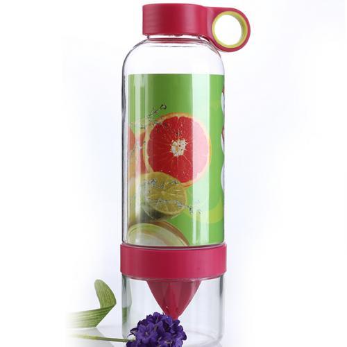 Бутылка-соковыжималка Lemon Cup 830 мл оптом